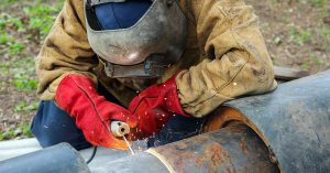 staminade-blog-20-professions-that-hydrate-with-staminade-welder